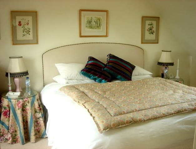 Studland Apartment B&B - Stunning Views - Dorset - Bed & Breakfast