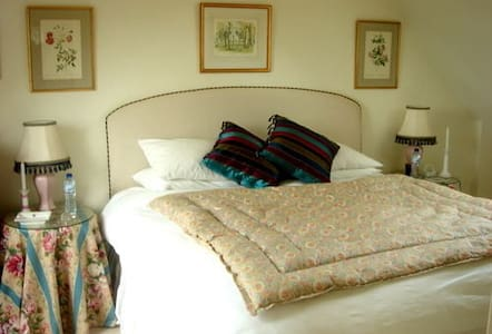 Studland Apartment - Stunning Views - Dorset - Bed & Breakfast