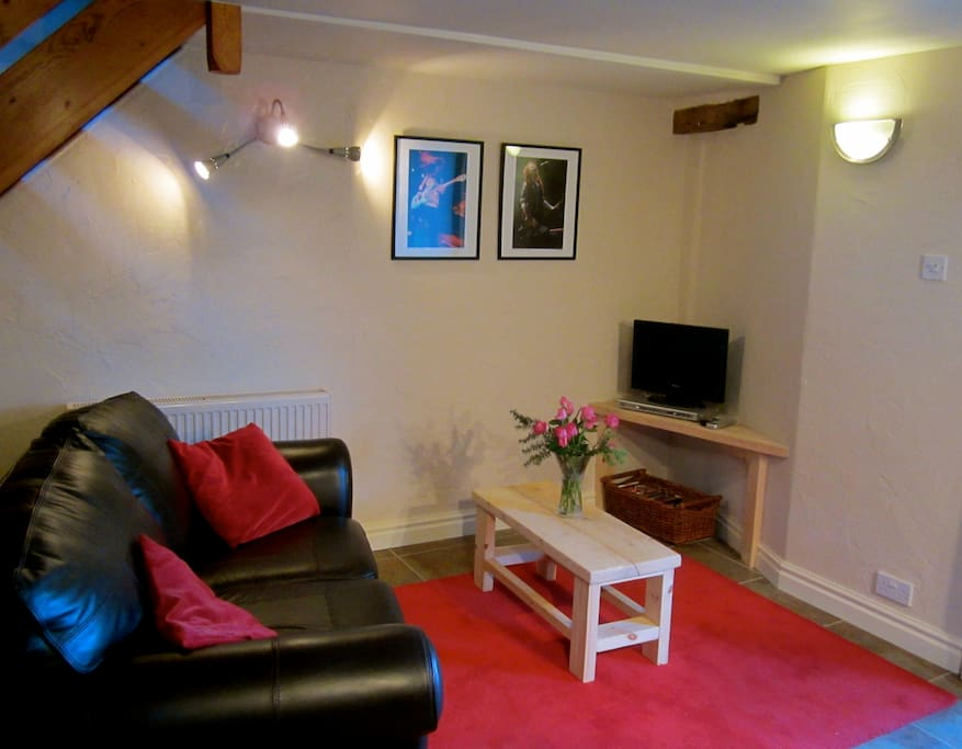 Sitting/ TV area. There is freeview TV, dvd player and WiFi.