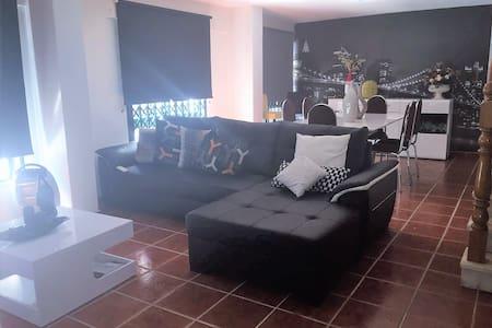 D. Luísa de Gusmão Apartment - Belas