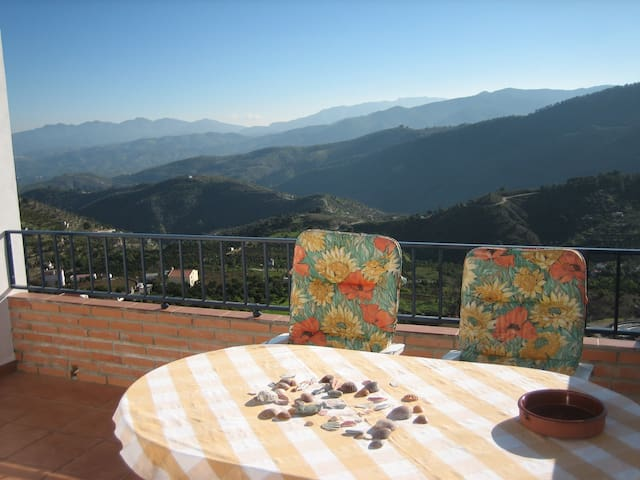Fantastic Views of Sunny Valleys - Yunquera - Casa