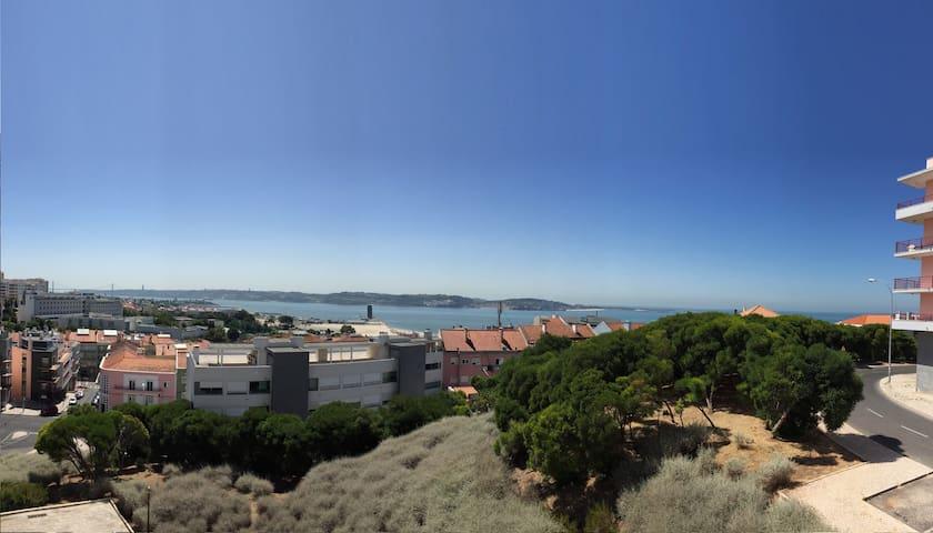 Vista Fascinante sobre o Tejo