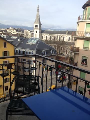 Charming flat in central Geneva - Geneve - Huoneisto