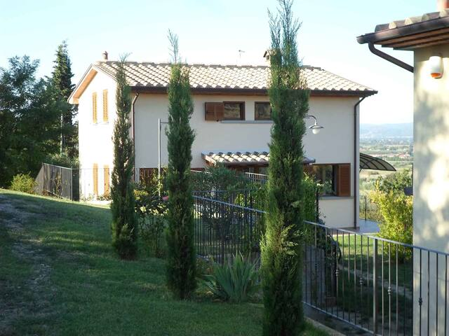 Single House in panoramic location - Arezzo - House