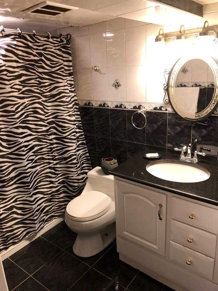 100% Private! Bathroom + One Bedroom JFK & LGA