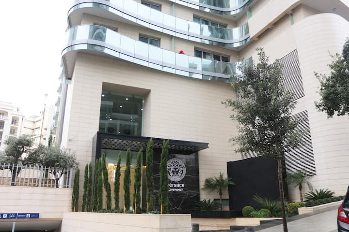Versace luxury 1YR, 2 Rooms, 1 kit Downtown Beirut