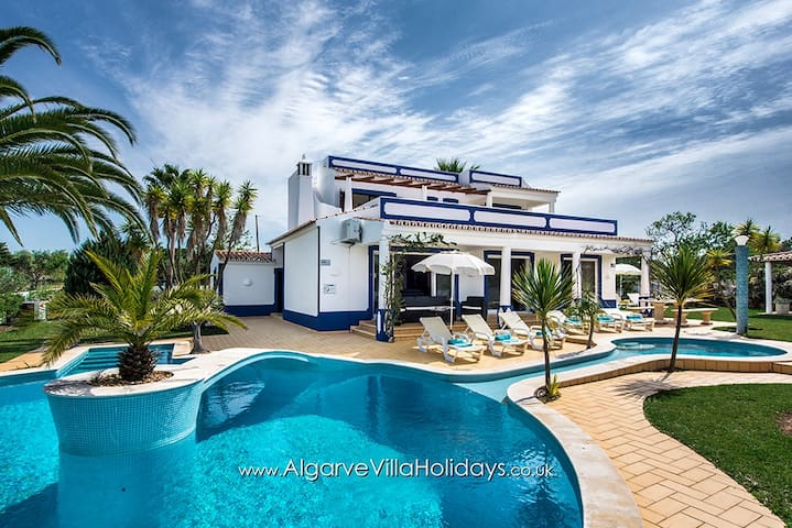 Azul - private heatable pool, A/C and WI-FI - Vale Rebelho - Huis
