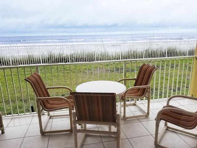 2 Br Oceanfront View - Heated Pool! Beautiful! 1 *NSB