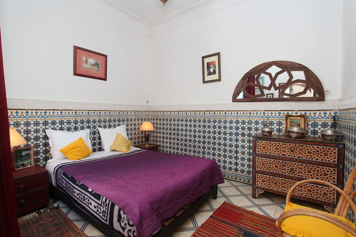 Well located Traditional whole Riad for you !