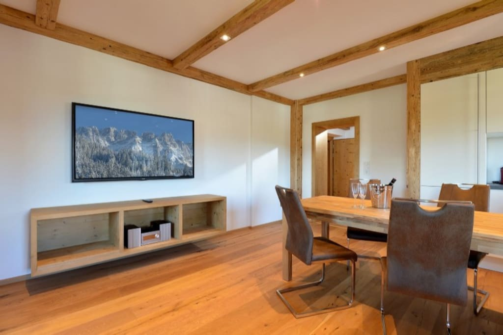 TV and dinning room