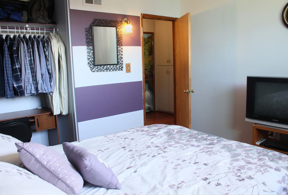QUEEN size bed, DirecTV, desk, closet and make up mirror inside the room.