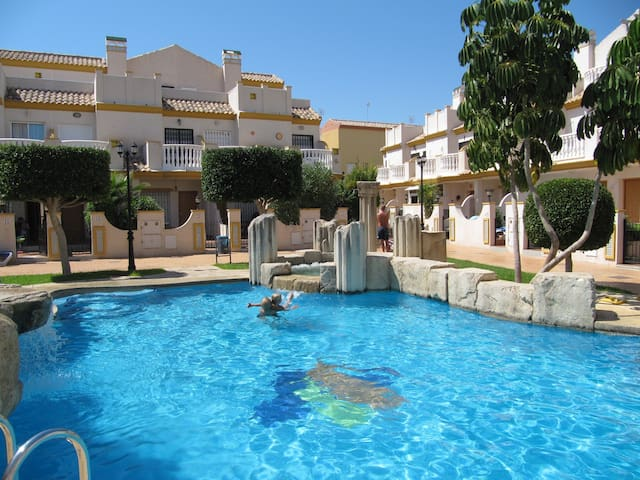 100 metres from Mediterranean Sea - Cabo Roig - House
