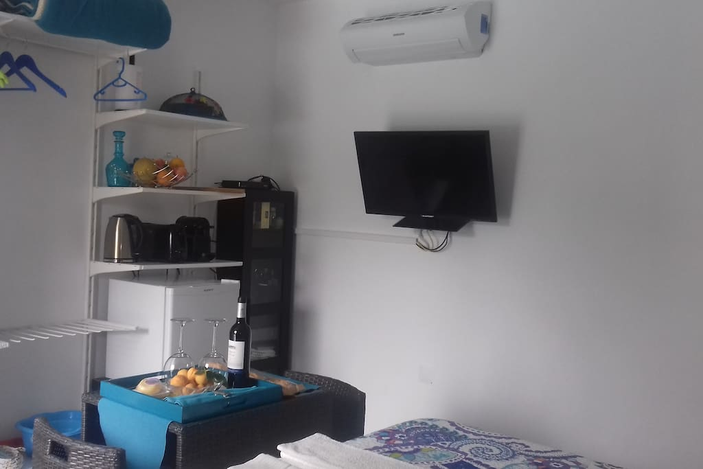 """""""The room is very modern and everthing you need is there"""" Júlia(Germain)"""