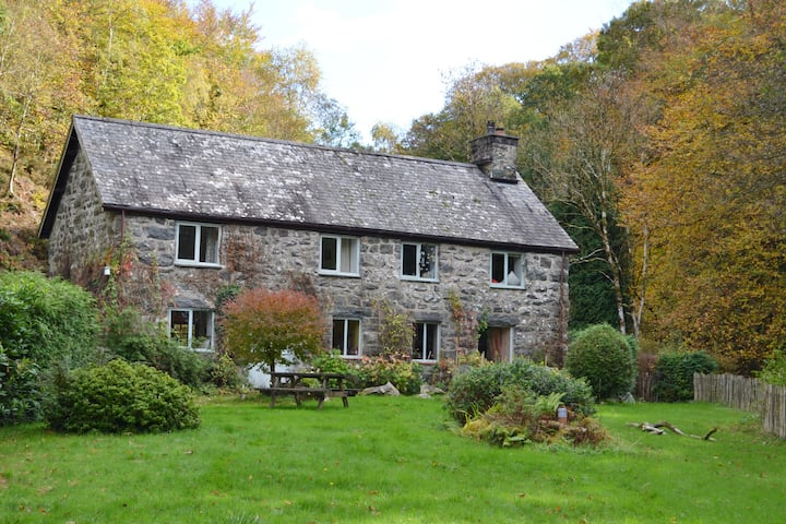 The Mill House, Southern Snowdonia retreat