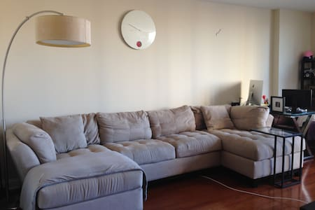 15 minues from stadium and Midtown - Cliffside Park - Apartament