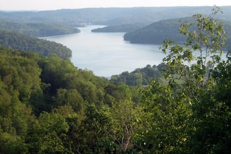 Overlooking Lake Guntersville - Grant