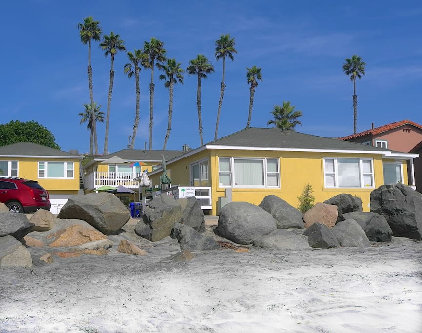 Ocean Front on the Strand. 3 bedroom is under the patio cover, 3rd building in from the beach.