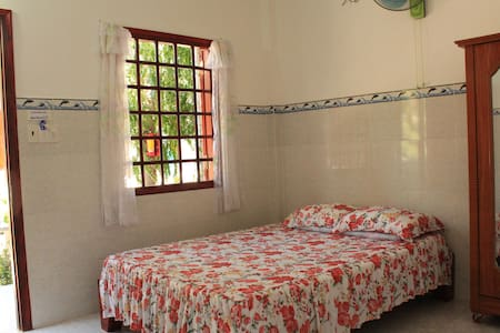 Duc Thao Guesthouse - DOUBLE ROOM  - Phan Thiet - Bed & Breakfast