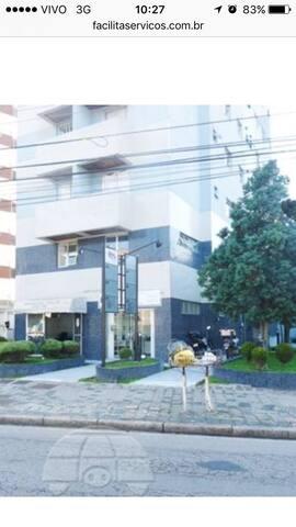 Apartamento totalmente mobiliado - Curitiba - Apartament