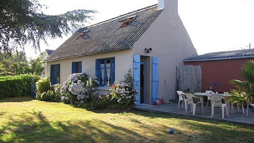 maison 3 km/plage avec jardin clos - Combrit - Hus