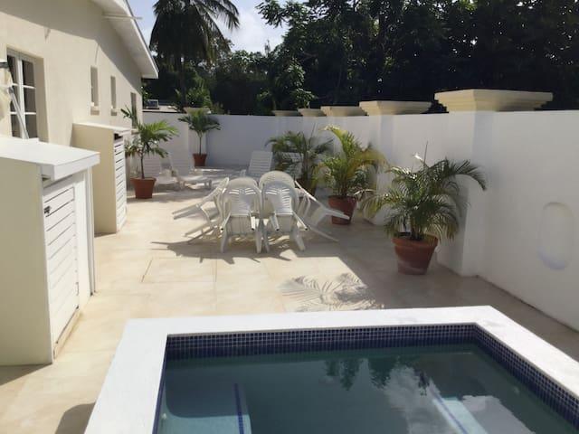 Daisy's Dock - Barbados West Coast Villa