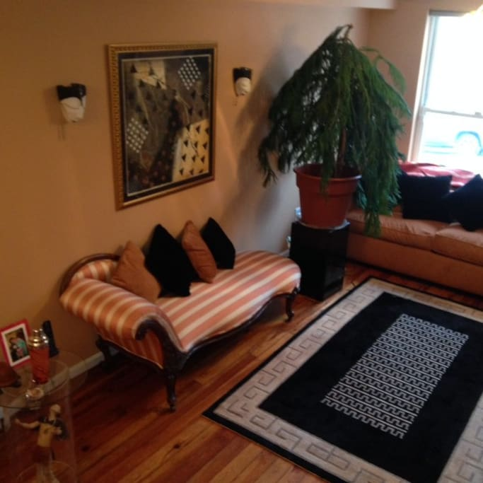 Baltimore inner harbor houses for rent in baltimore for Best private dining rooms in baltimore