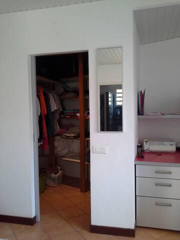 Agréable studio calme et lumineux - Noumea - Huis