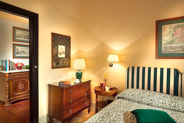 7 - Boutique Hotel in Florence