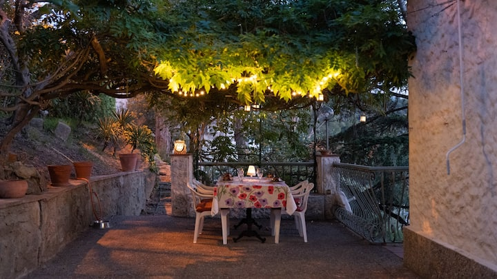 Big&Cozy Mediterranean villa. Breathtaking views!