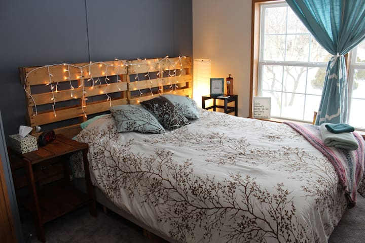 Cozy, family friendly rooms with amenities