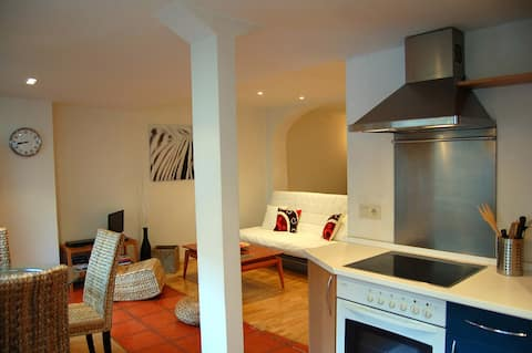 Loft in the centre. Free parking very close