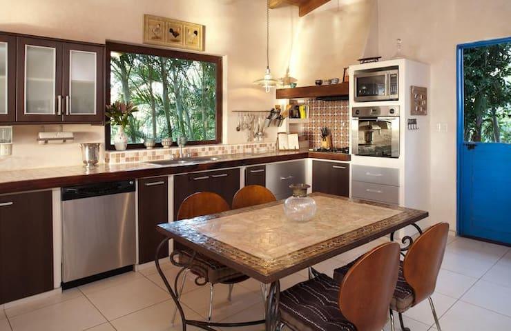 Luxury villa with housekeeping - La Florida - Casa de campo