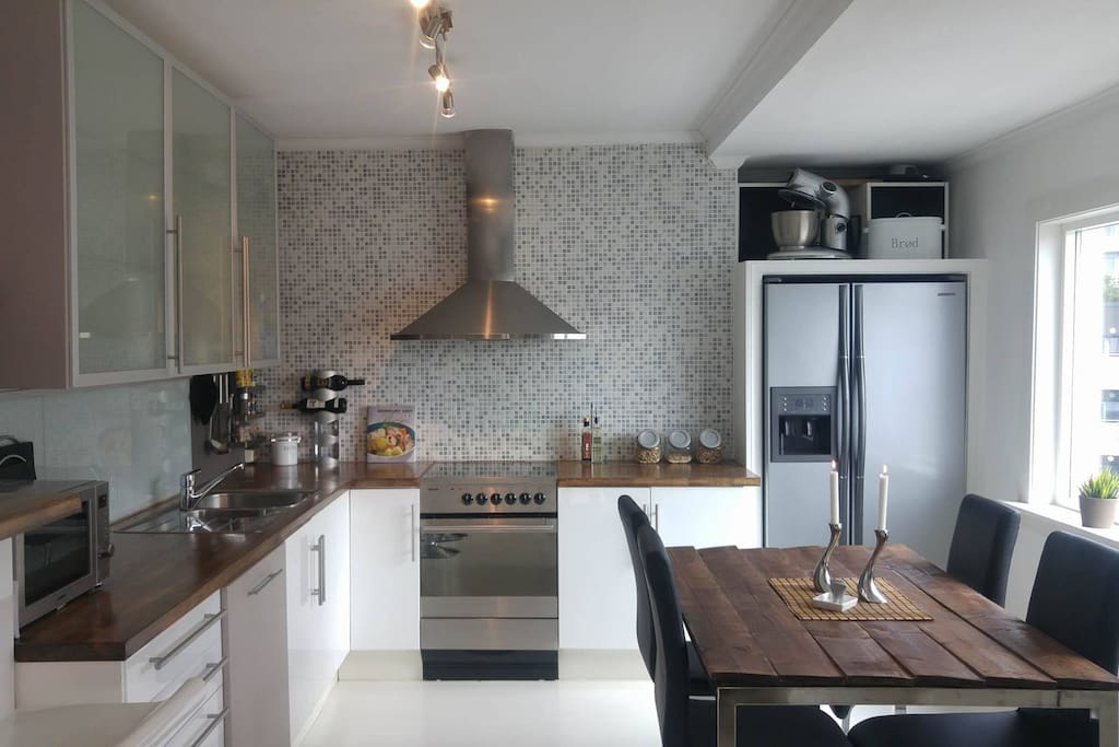 Fully equipped kitchen with everything you need and more.