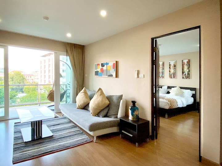 1BR condo at NIMMAN with MOUNTAIN VIEW