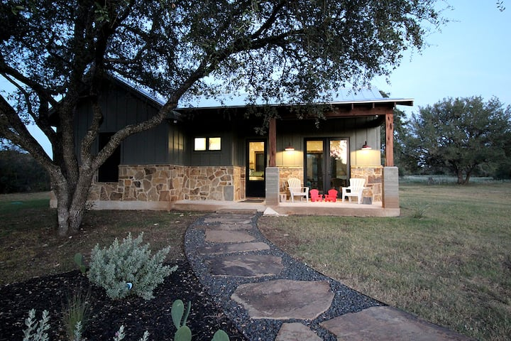 New Listing! Casita: Hill Country Gem on Acreage