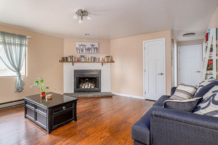 Stylish Home In a High Quality Neighborhood