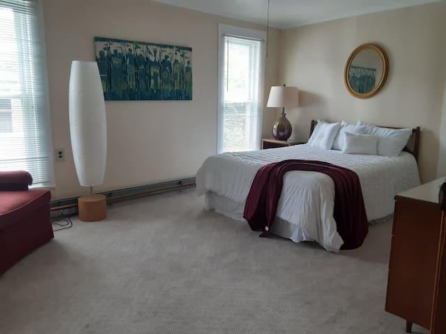 Room D - The Spade Room