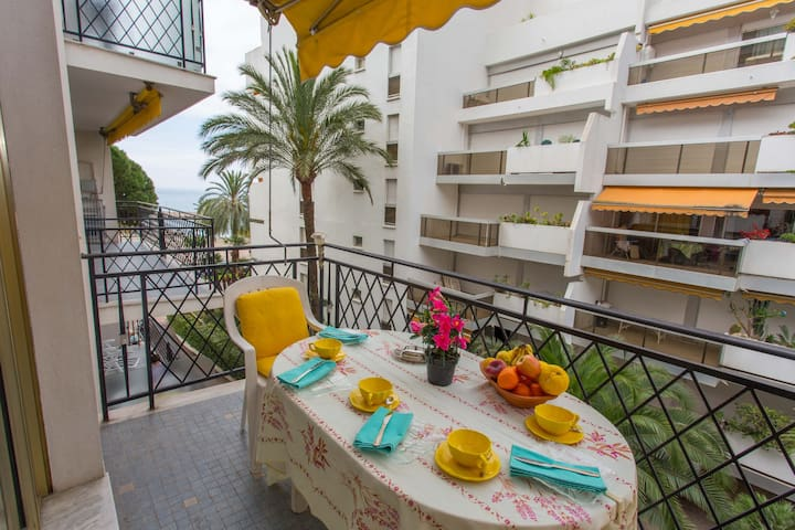 70 - Beautiful 2 rooms apartment close to the beach and the center with terrace and private parking - MENTON - อพาร์ทเมนท์