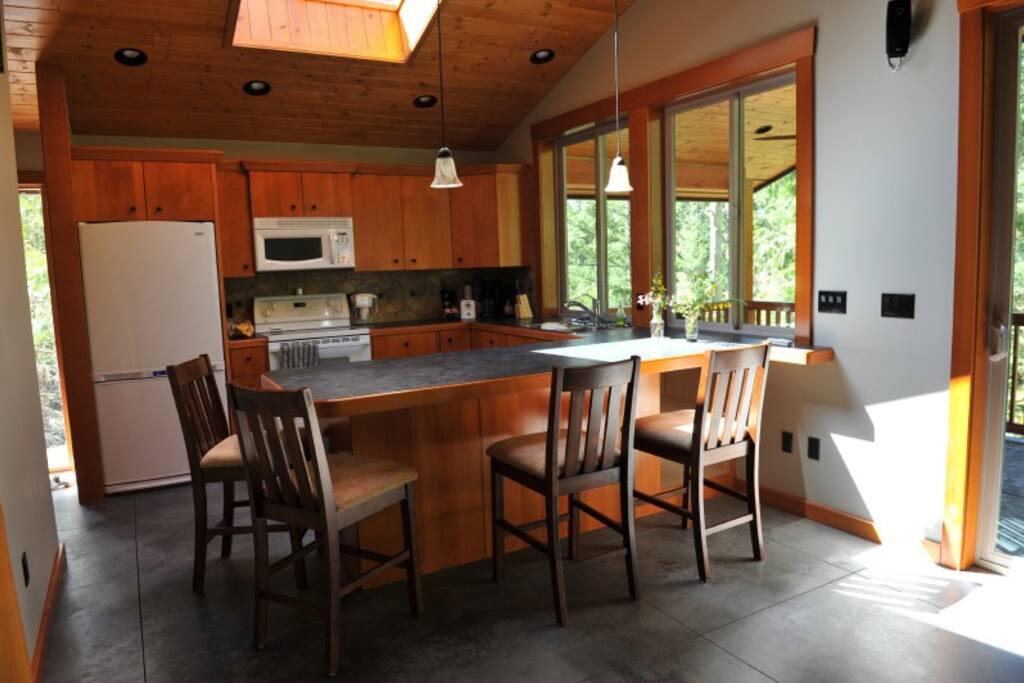 Big, bright kitchen, custom built cabinets
