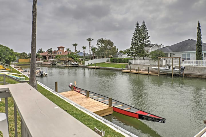 3BR 1st-Floor Flat w/Dock on Corpus Christi Canal