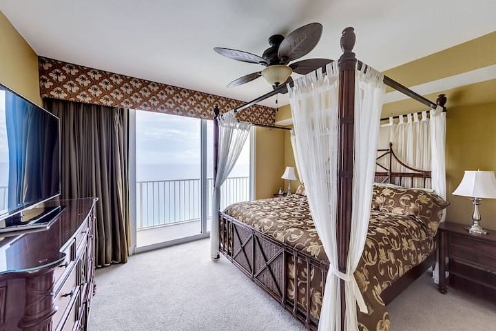 Master Bedroom with Gulf View,
