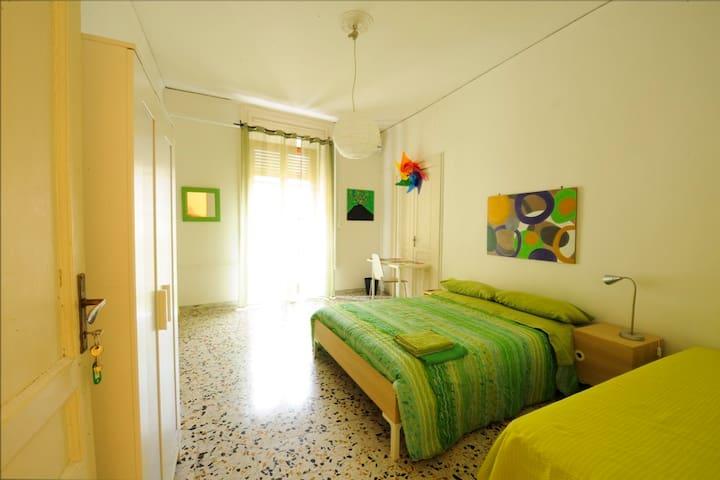 Rossonapoletano B&B Napoli Green - Naples - Bed & Breakfast