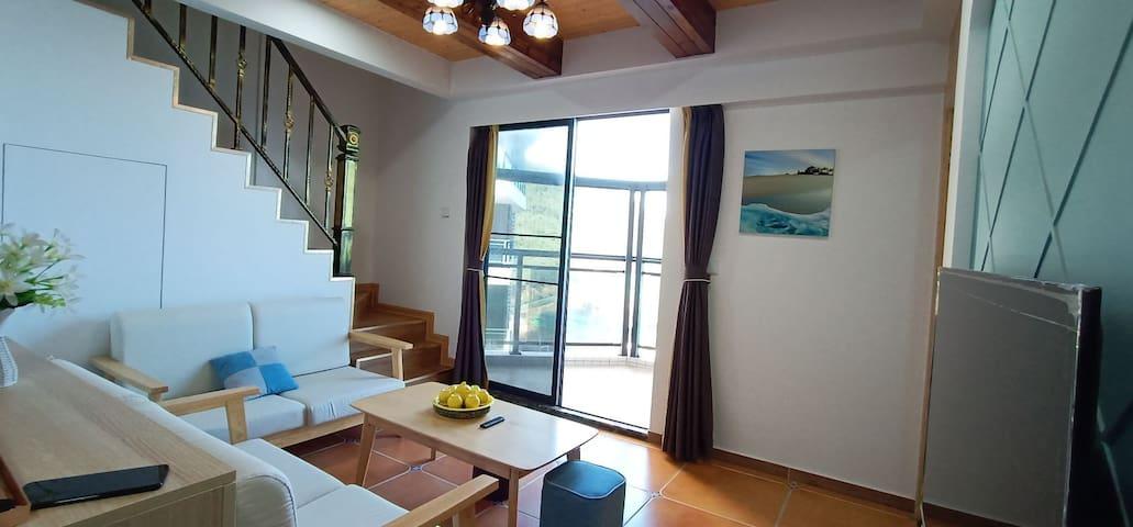 蓝色海景公寓高层复式大阳台看日出两房两厅