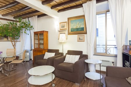 Exclusive and Luxury Colosseo apt