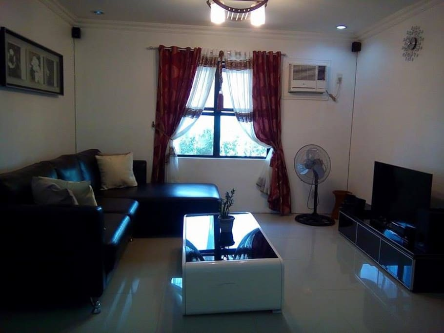 airconditioned living area with cable tv