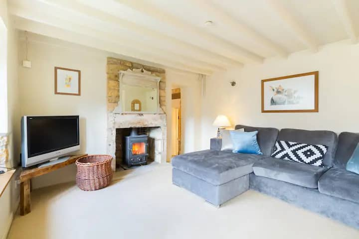Cosy Cottage in the heart of Blockley, Cotswolds