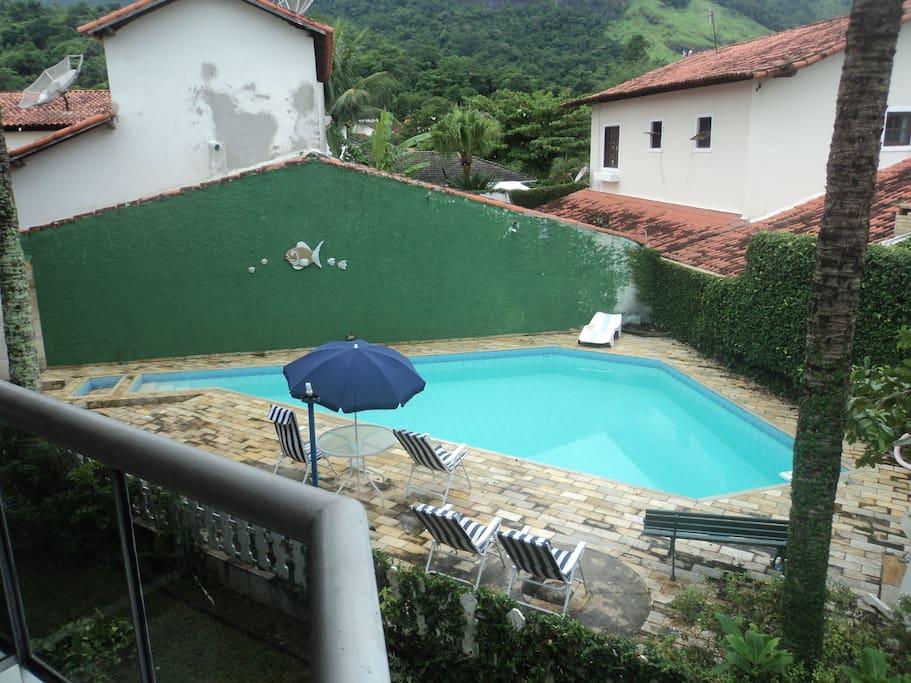 Area de lazer com piscina, sauna , churrasqueira
