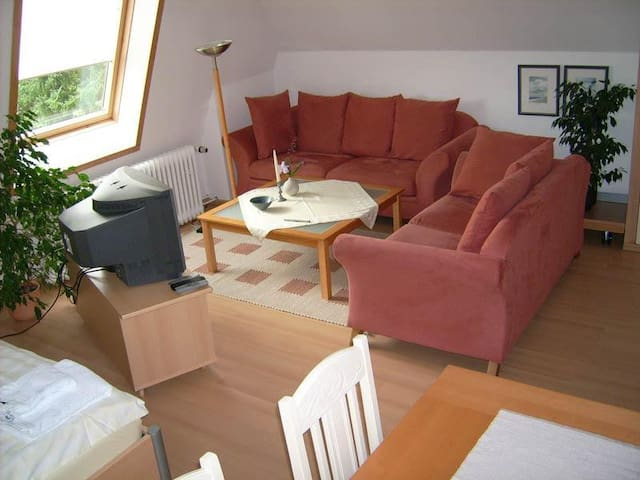 Elegant private double room - Seevetal - Leilighet