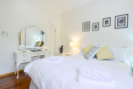 Motel accomodation in warm home - Kingscliff