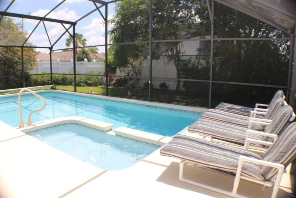 Chair, Furniture, Pool, Resort, Swimming Pool